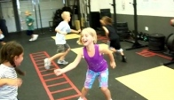 Team CrossFit Kids - fun warm up